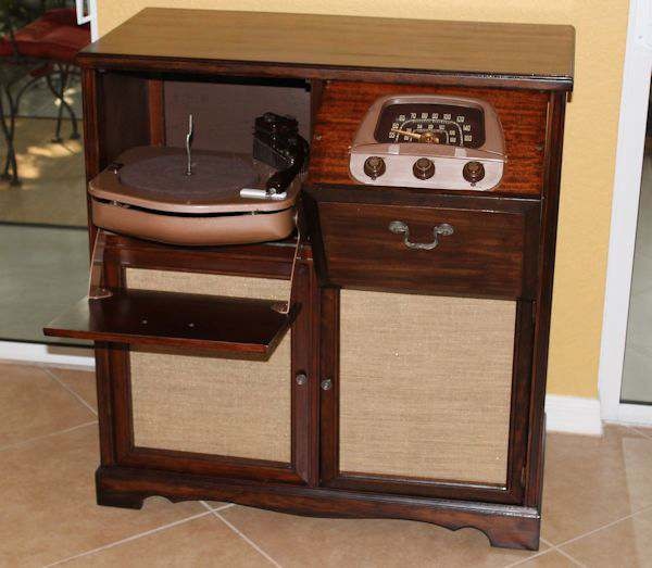 Saving A Family Treasure Radio/Record Player